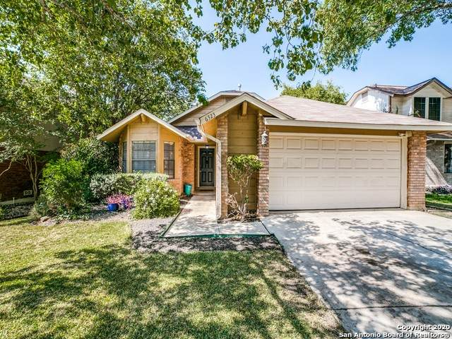 6323 Scrub Jay, San Antonio, TX 78240 (MLS #1487938) :: The Gradiz Group