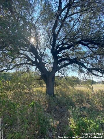 LOT 3 County Road 6723, Natalia, TX 78059 (#1487945) :: The Perry Henderson Group at Berkshire Hathaway Texas Realty