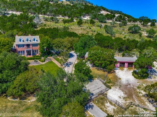 106 Mountain View, Boerne, TX 78006 (MLS #1487987) :: Neal & Neal Team