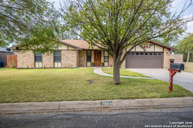 2021 Lime Creek, Kerrville, TX 78028 (MLS #1488042) :: The Lugo Group