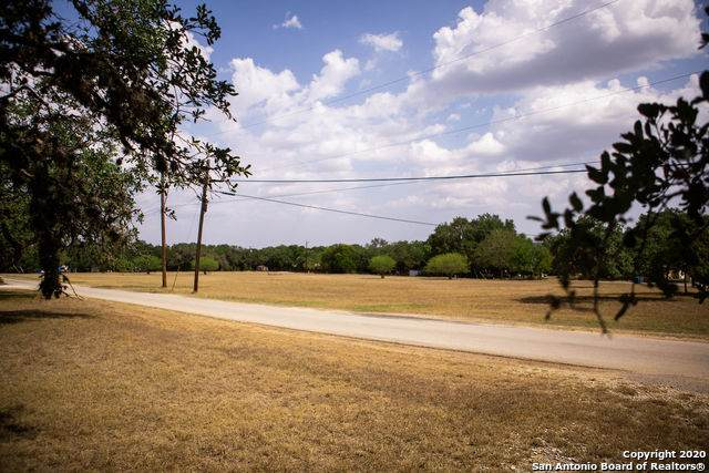 25609 Beamer Xing, San Antonio, TX 78255 (MLS #1488057) :: Santos and Sandberg