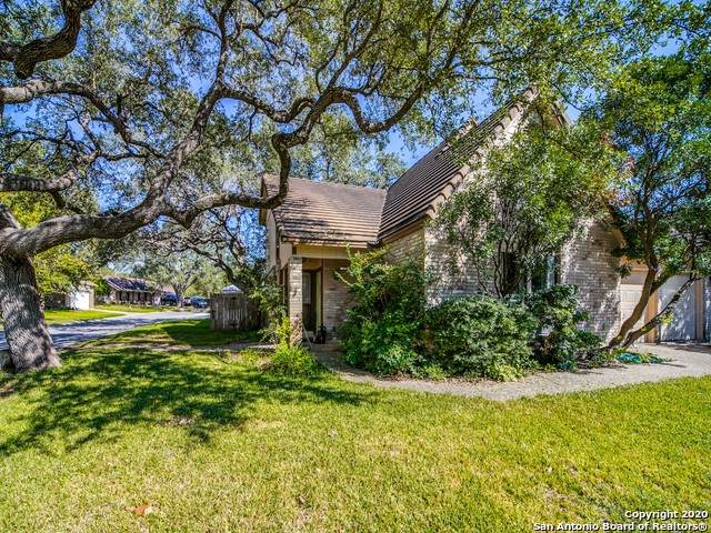 110 Saddle Club Cir, Boerne, TX 78006 (MLS #1488550) :: The Gradiz Group