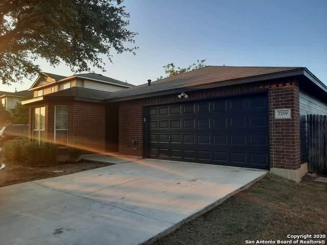 7219 Falcon Trail, San Antonio, TX 78227 (MLS #1488804) :: Carolina Garcia Real Estate Group