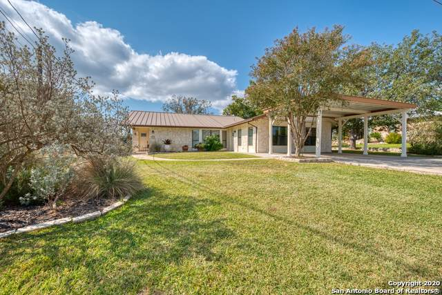 271 Edgewood Cir, Bandera, TX 78003 (MLS #1489142) :: The Lugo Group