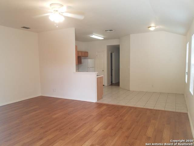5102 Anacacho St - Photo 1