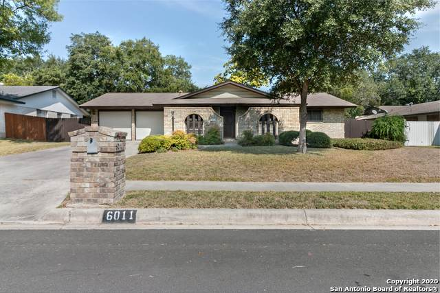 6011 Royal Pt, San Antonio, TX 78239 (MLS #1489339) :: Santos and Sandberg