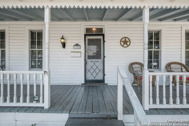 329 N Guenther Ave, New Braunfels, TX 78130 (MLS #1489341) :: Neal & Neal Team