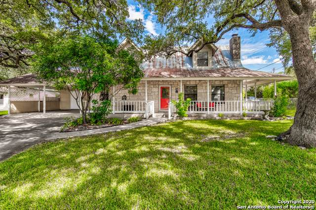212 E Bandera Rd, Boerne, TX 78006 (MLS #1489513) :: The Gradiz Group