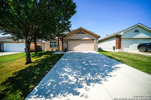 3913 Wensledale Dr, Schertz, TX 78154 (MLS #1489527) :: Carolina Garcia Real Estate Group
