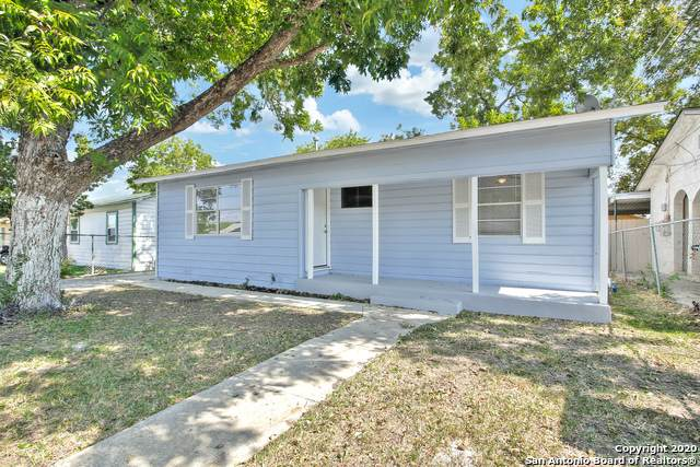 330 Calle La Gloria, San Antonio, TX 78237 (MLS #1489712) :: Carolina Garcia Real Estate Group