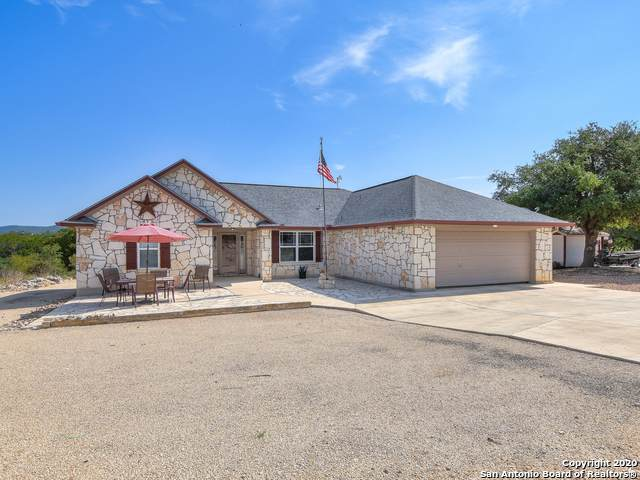 129 Rapids Cir, Bandera, TX 78003 (MLS #1489733) :: Keller Williams City View