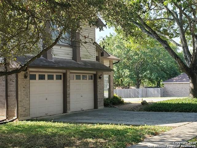8000 Forest Crossing, Live Oak, TX 78233 (MLS #1489753) :: Santos and Sandberg