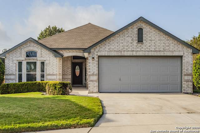 1192 Berry Creek Dr, Schertz, TX 78154 (MLS #1489898) :: The Gradiz Group