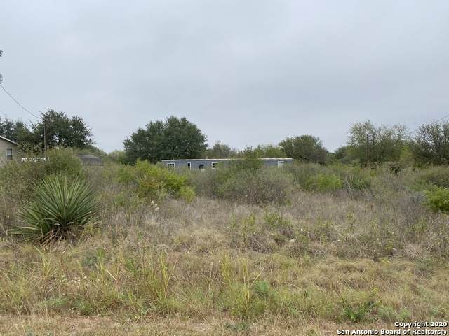 347 Cr 4641, Hondo, TX 78861 (MLS #1490076) :: Alexis Weigand Real Estate Group