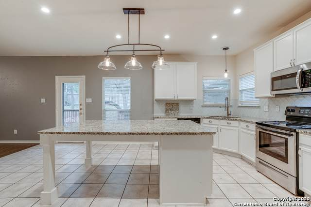 8815 Ash Meadow Dr, Universal City, TX 78148 (MLS #1490205) :: 2Halls Property Team | Berkshire Hathaway HomeServices PenFed Realty