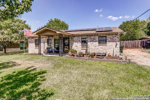105 Lorenz, Stockdale, TX 78160 (MLS #1490235) :: Santos and Sandberg
