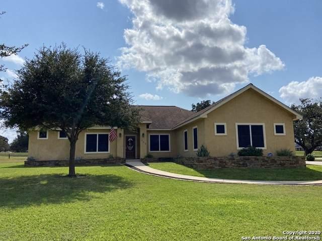 700 Jack Nicklaus Drive, Devine, TX 78016 (MLS #1490360) :: Exquisite Properties, LLC
