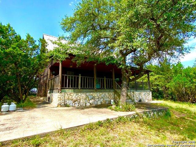 1275 Mountain Creek Rd, Pipe Creek, TX 78063 (MLS #1490371) :: Alexis Weigand Real Estate Group