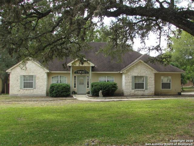 8714 Paseo Oaks, San Antonio, TX 78255 (MLS #1490491) :: Santos and Sandberg