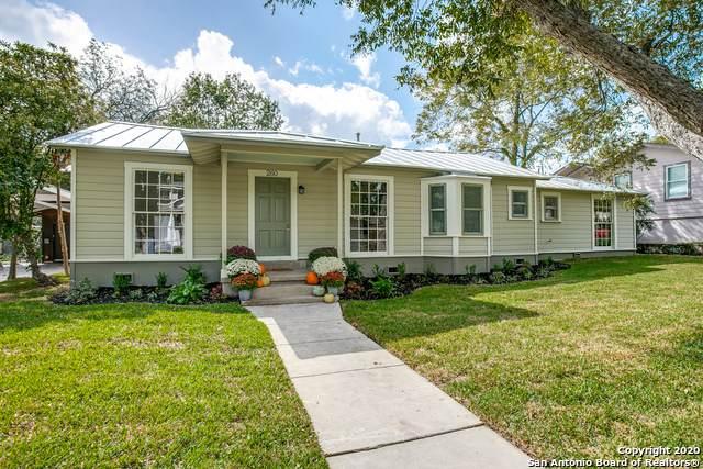 260 E Edgewood Pl, Alamo Heights, TX 78209 (MLS #1491076) :: Neal & Neal Team