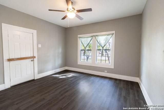 229 Hot Wells Blvd, San Antonio, TX 78223 (MLS #1491271) :: Carolina Garcia Real Estate Group