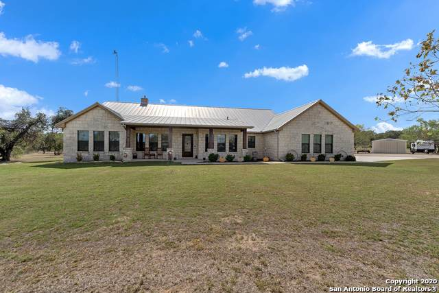 5301 Jakes Colony Rd, Seguin, TX 78155 (MLS #1491273) :: The Lugo Group