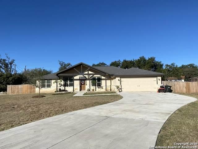 124 Shin Oak Dr, Bandera, TX 78003 (MLS #1491574) :: Real Estate by Design