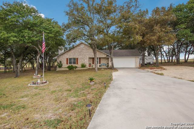 165 Great Oaks Blvd, La Vernia, TX 78121 (MLS #1491603) :: Concierge Realty of SA