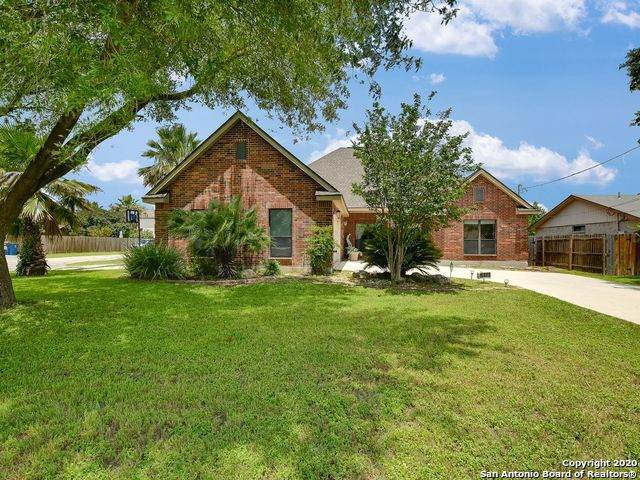 15807 Chippewa Blvd, Selma, TX 78154 (MLS #1491916) :: The Mullen Group | RE/MAX Access