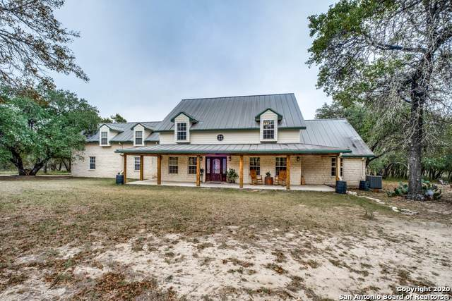 380 Cimarron Dr, Floresville, TX 78114 (MLS #1492026) :: The Lugo Group
