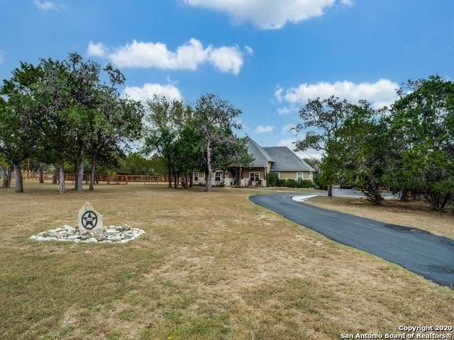 649 N Star, Bandera, TX 78003 (MLS #1492052) :: Alexis Weigand Real Estate Group