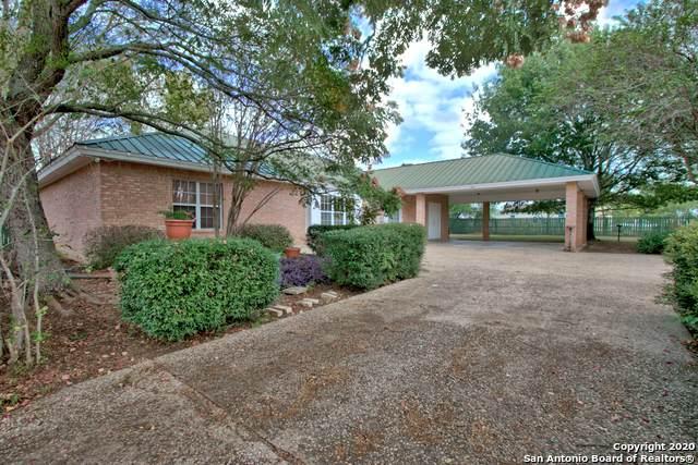 162 E 4th St, Sutherland Springs, TX 78161 (MLS #1492069) :: Carolina Garcia Real Estate Group