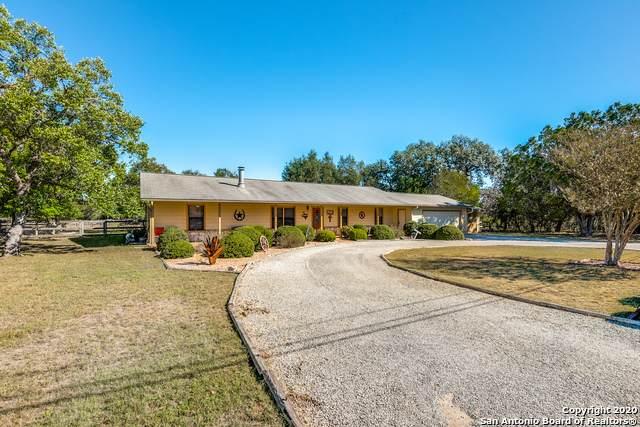215 Creekwood Drive, Bandera, TX 78003 (MLS #1492509) :: Real Estate by Design