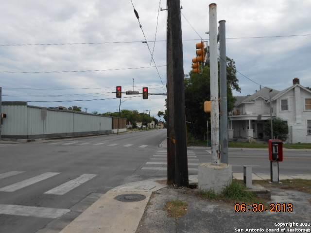 1533 Houston St - Photo 1
