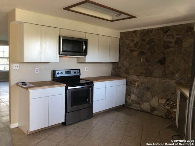 16767 Sh-80, Gillett, TX 78118 (MLS #1493074) :: Exquisite Properties, LLC