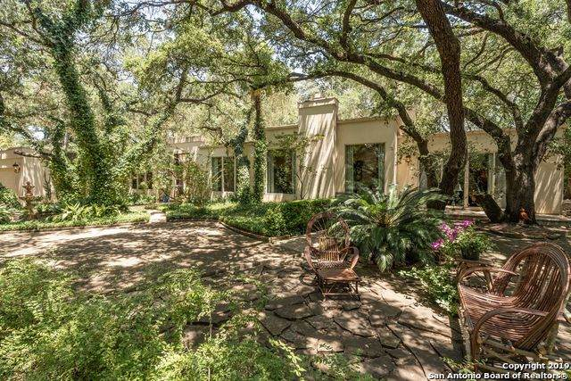 111 Fox Hall Ln, Castle Hills, TX 78213 (MLS #1493213) :: The Gradiz Group