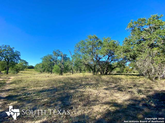 13449 Fm 775, Floresville, TX 78114 (MLS #1493233) :: The Rise Property Group