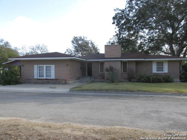 1503 Avenue J, Hondo, TX 78861 (MLS #1493429) :: Exquisite Properties, LLC