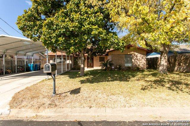 408 Meadowview Ln, Kerrville, TX 78028 (MLS #1493594) :: The Lugo Group