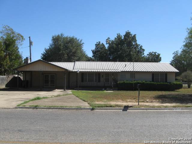 103 Jay Dr, Devine, TX 78016 (MLS #1493689) :: EXP Realty