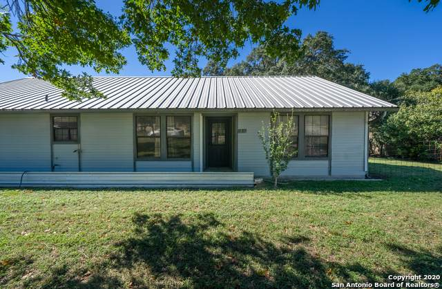 1216 Sorrel Creek Dr, Canyon Lake, TX 78133 (MLS #1493734) :: Neal & Neal Team