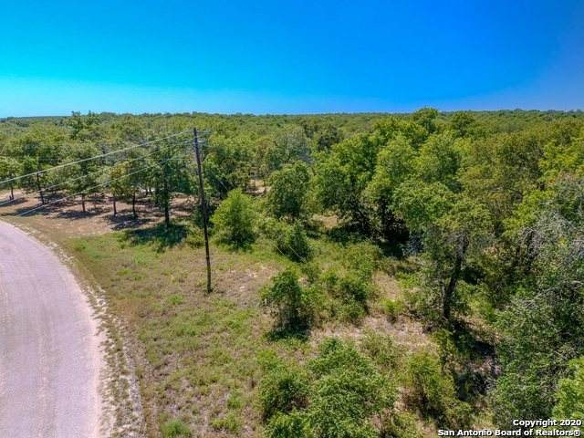 200 Greystone, Poteet, TX 78065 (MLS #1493776) :: Alexis Weigand Real Estate Group