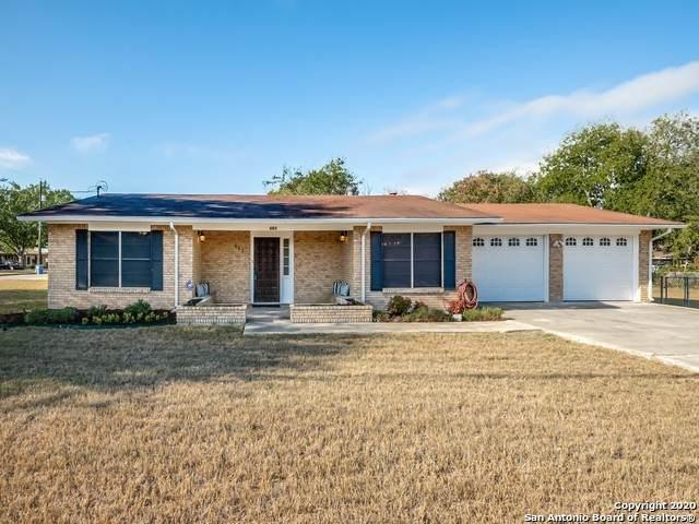 683 Gruene Rd, New Braunfels, TX 78130 (MLS #1493785) :: Maverick