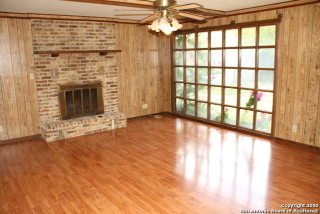 504 Brooks Ave, Schertz, TX 78154 (MLS #1493883) :: Tom White Group