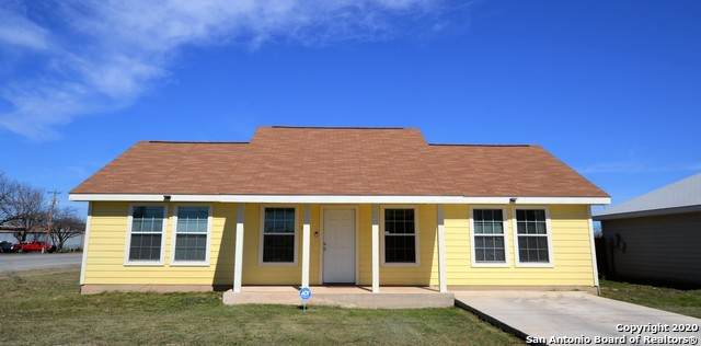 400 E Brazos St, Uvalde, TX 78801 (MLS #1493923) :: EXP Realty