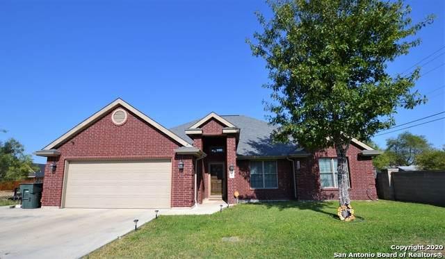 20 Rio Seco, Uvalde, TX 78801 (MLS #1493926) :: Carolina Garcia Real Estate Group