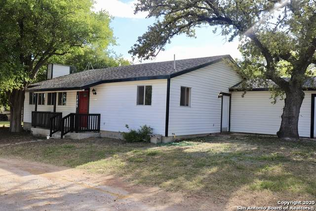 1409 9TH ST, Floresville, TX 78114 (MLS #1494071) :: The Glover Homes & Land Group