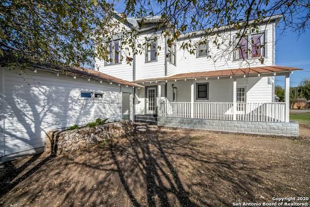 909 22ND ST, Hondo, TX 78861 (MLS #1494197) :: Carolina Garcia Real Estate Group