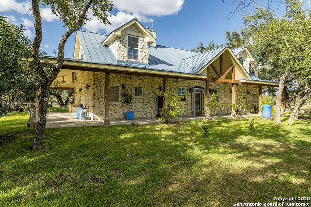 1917 Corrigan Rd, Skidmore, TX 78389 (MLS #1494274) :: The Gradiz Group