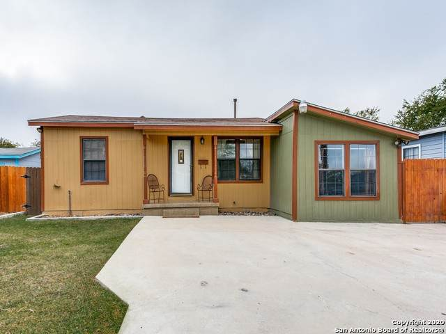 110 Notre Dame Dr, San Antonio, TX 78228 (MLS #1494408) :: The Glover Homes & Land Group